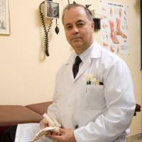 Dr. Leslie M.C. Goldenberg, B. Sc., M.D., F.R.C.P. (C), A.B.I.M., F.A.G.S., Medical Director