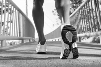 Orthotic running footwear